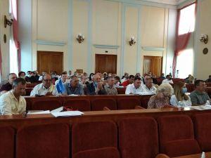 Кропивницький: Громадськість вимагає звітів від чинних депутатів за останній рік