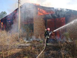 Вогнеборці Кіровоградщини загасили сім пожеж у приватних домоволодіннях
