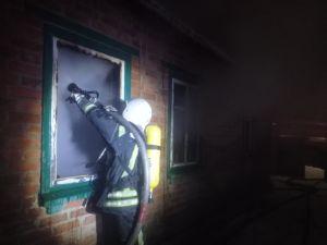 На Кіровоградщині жінка отримала опіки під час пожежі