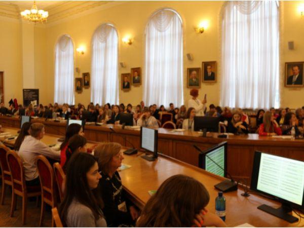ПриватБанк взяв участь у Всеукраїнському форумі лідерів учнівського самоврядування