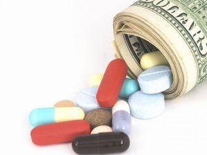 Райкович&Аптеки: скільки коштуватиме кропивницьким медзакладам ультиматум посадовця