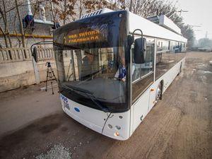 Кропивницькі комунальники вчаться обслуговувати нові тролейбуси з автономним ходом у Дніпрі