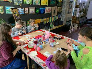 Кропивницький: Діти власноруч виготовили нестандартні валентинки (ФОТО. ВІДЕО)