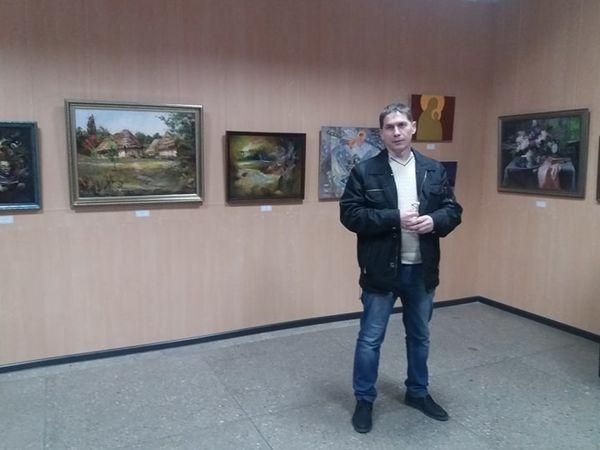 """Виставка """"Свято наближається"""" відкрилася у Західній галереї (ФОТО)"""