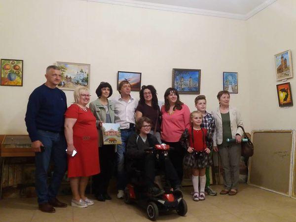 У Кропивницькому відкрилася виставка 13-річного художника з Києва (ФОТО)