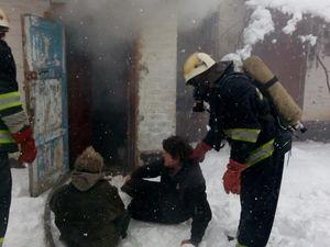 Кіровоградщина: Під час пожежі ледве не загинули два чоловіка