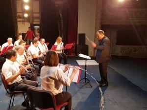 Міський духовий оркестр привітав кропивничан з Днем Конституції (ФОТО, ВІДЕО)