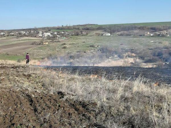 У Кропивницькому районі двоє підлітків підпалили толоку (ВІДЕО)