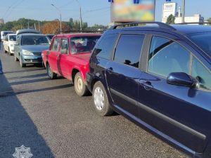 Кропивницький: На Ковалівському мосту зіштовхнулися три авто