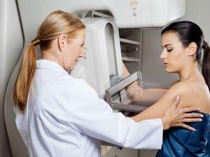 Як вчасно виявити рак молочної залози?