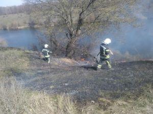 Кіровоградщина: Під час пожежі у полі чоловік отримав опіки