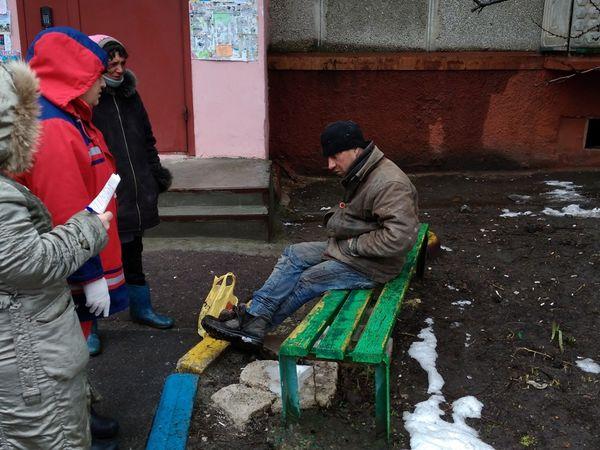 На Кіровоградщині чоловік застряг у підвалі багатоповерхівки