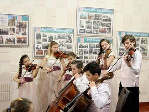 Нейгаузу і не снилося!  Перша музична школа Кропивницького відсвяткувала 85-й ювілей