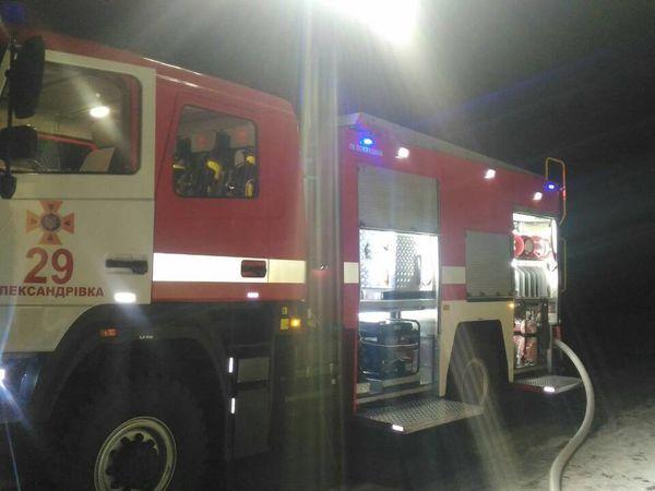 На Кіровоградщині згоріли приватна баня і сінник