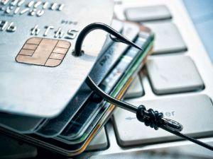 У Маріуполі затримали кіберзлочинців, які крали гроші з банківських карток