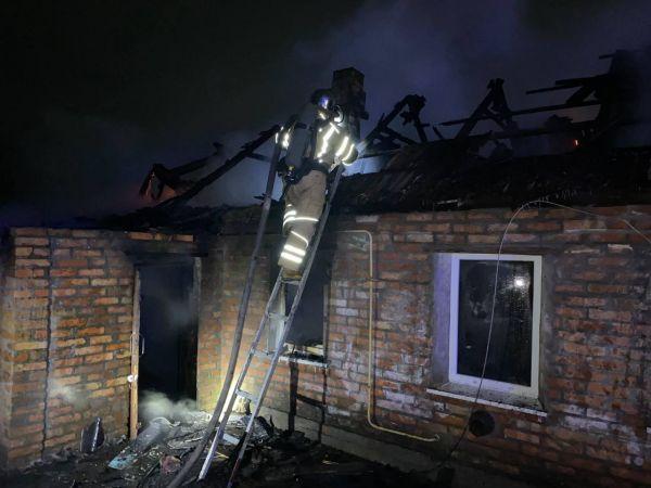 На Кіровоградщині юнак отримав опіки під час пожежі