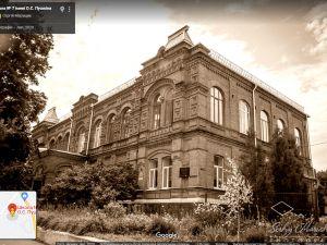 Кропивницький: Гімназію Пушкіна планують приєднати до шістнадцятої школи