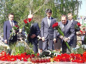 У Кропивницькому до пам'ятника Жертвам Чорнобиля  поклали квіти (ФОТОРЕПОРТАЖ)