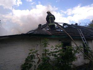 У Кропивницькому загорівся приватний гараж