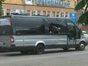 У Кропивницькому автобус з дітьми потрапив у ДТП