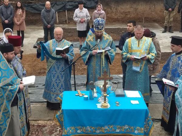У Кропивницькому заклали капсулу у фундамент майбутнього храму (ФОТО)
