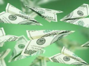 Найбільше грошових переказів українці отримують з США – ПриватБанк