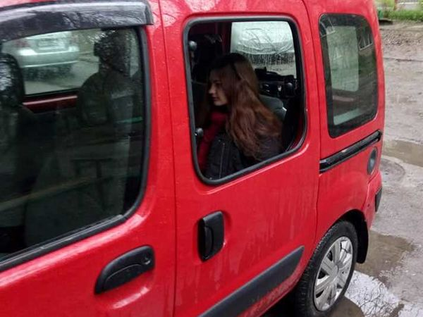 Кропивницький: Мерзотники зазіхнули на авто, у якому перевозять  дитину з інвалідністю