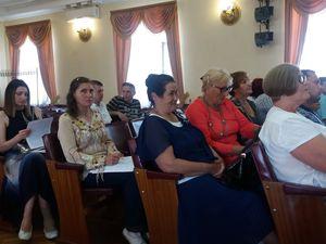Депутати Подільської ради виступають російською і називають державну мову жлобською