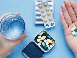В Україну доставили три тисячі упаковок ліків, які використовуються для боротьби з коронавірусом