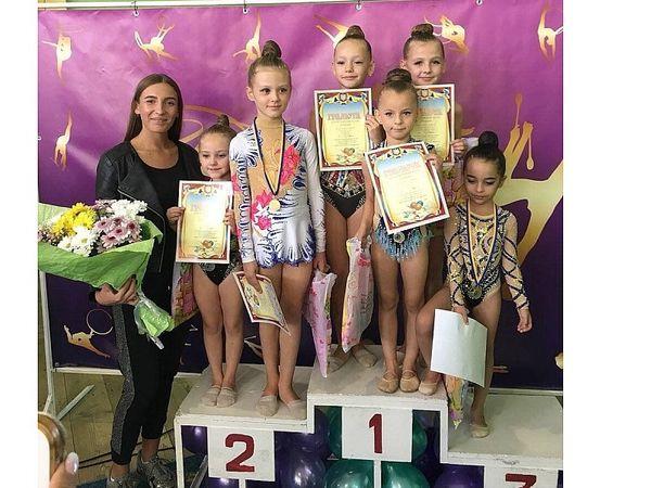 Юні гімнастки кропивницької спортшколи привезли 22 нагороди з турніру «Олександріна — 2018»