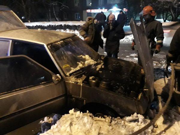 """Кропивницький: На вулиці Жадова загорілася """"шістка"""""""