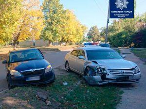 У Кропивницькому сталося зіткнення авто