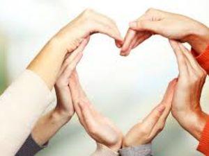 У Кропивницькому іноземні волонтери допомагають онкохворим людям