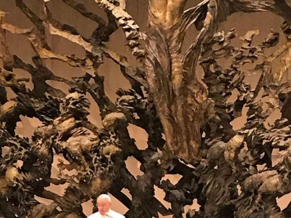 Кропивницькі школярі зустрілися з Папою Римським у Ватікані (ФОТО)