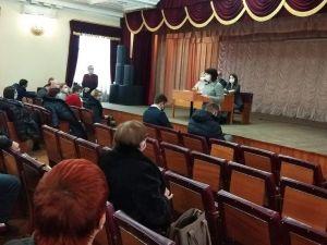 У Кропивницькому депутати з третьої спроби намагаються обрати голову Подільської ради