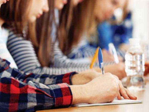 Випускники Кіровоградщини сьогодні написали перший іспит з математики
