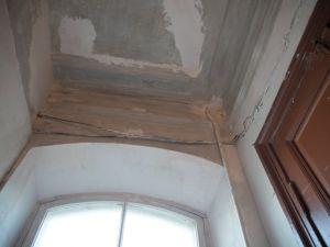 У Кропивницькому будинок, що тріщить по швам, залишили напризволяще. Продовження історії (ВІДЕО)