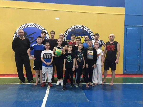 У кропивницький спортивній школі «Надія» змагалися родинами