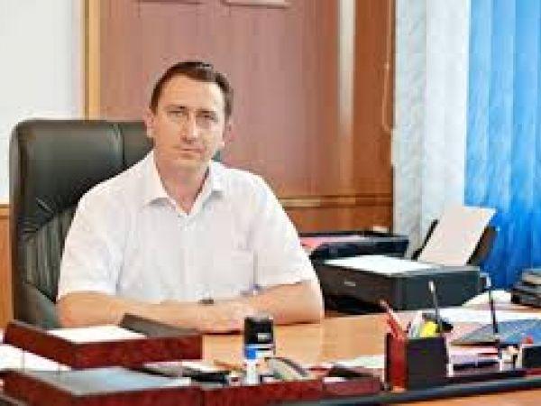 Директор водоканалу Роман Ілик коментує на відео причину відключення води по області