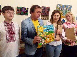 До Кропивницького прибули пластилінові картини з Золотого (ВІДЕО,ФОТО)