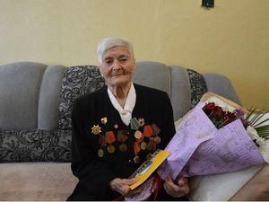 Родина довгожителів Кропивницького поповнилася: 100-літній ювілей відзначила Любов  Савченко