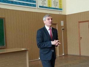 Кандидат у Президенти від націоналістів провів відкриту зустріч із містянами у ЦНТУ