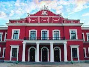 Кропивницький: Хто претендує на посаду головного режисера місцевого драмтеатру?