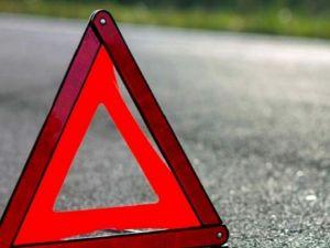 Кропивницький: У центрі міста водій іномарки збив стовп