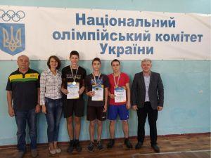 Кропивницький: Тенісисти третьої школи здобули медалі на чемпіонаті міста