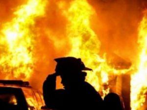 У Кропивницькому вночі спалахнула покрівля приватного будинку