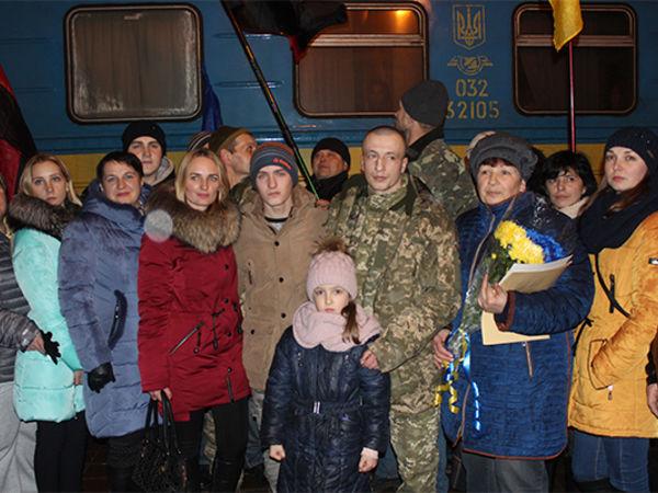 Учора на Кіровоградщині зустрічали звільненого полоненого Олексія Кушпіля (ФОТО)