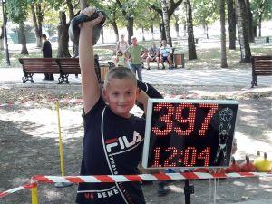 Юні кропивницькі гирьовики тріумфально виступили на Всеукраїнському турнірі у Тростянці