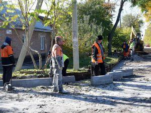 У Кропивницькому капітально ремонтують вулицю на Миколаївці