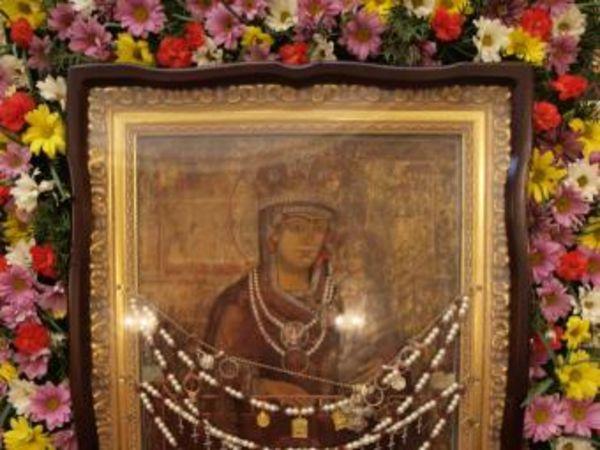 У Кропивницькому зустрічали чудотворну ікону «Пом'якшення злих сердець»
